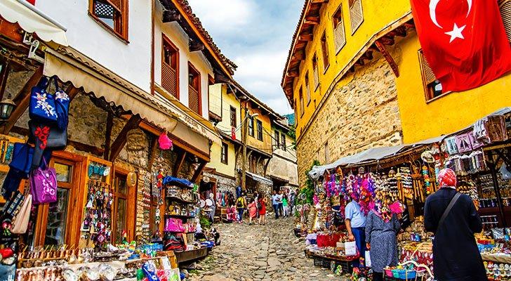 In der türkischen Stadt Bursa wurde der Begriff Döner Kebab geprägt